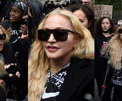 Niestrudzona Madonna maszeruje O KULACH na proteście Black Lives Matter w Londynie (ZDJĘCIA)