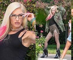 Młodzieżowa Gwen Stefani kusi wymyślnymi pozami podczas sesji zdjęciowej w Calabasas (ZDJĘCIA)