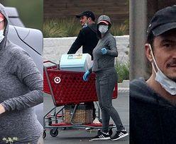 Ciężarna Katy Perry i Orlando Bloom dogadzają sobie burgerami na wynos i przemykają do taniego marketu (ZDJĘCIA)