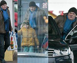 Zmartwiony Ryszard Rynkowski idzie z synem na zakupy (ZDJĘCIA)
