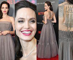 Wytatuowane plecy Angeliny Jolie na czerwonym dywanie (ZDJĘCIA)