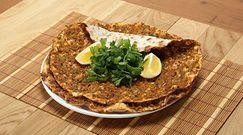 Turecka pizza, jakiej nie znałeś. Prosty przepis na pyszne danie