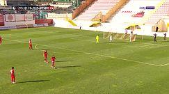 #dziejesiewsporcie: Nietypowa sytuacja w meczu. Niemal wszedł z piłką do bramki