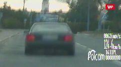 Chciał zatrzymać kierowcę. Chwilę potem policjant był w szoku