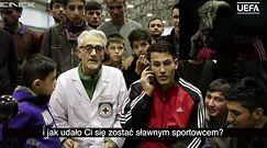 """Paul Pogba porozmawiał z młodymi piłkarzami z Afganistanu. """"Dzięki wam doceniam to, co mam"""""""