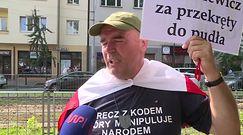 Zwolennicy i przeciwnicy Tuska przed prokuraturą