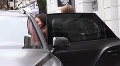 Łuczenko i Joanna Opozda wymieniają serdeczności przy Bentleyu za milion złotych