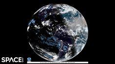 Ten widok zachwyca! Niezwykłe ujęcie Ziemi w czasie zaćmienia Słońca