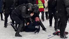 Brutalne starcia z policją w Rosji. Protesty w obronie Nawalnego