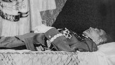 """""""Cierpi bardzo, jęczy"""". Śmierć Józefa Piłsudskiego"""