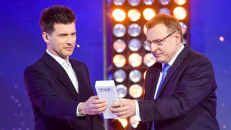 """Tomasz Kammel ŻĄDA PRZEPROSIN za twierdzenia, że nazwał Jacka Kurskiego """"cudem życia""""..."""