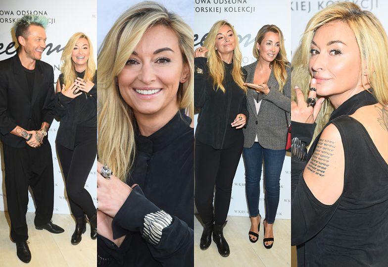 Martyna Wojciechowska z kolegami-celebrytami promuje biżuterię