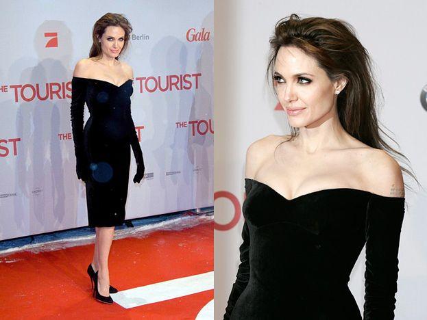 Angelina w sukni z doszytymi rękawiczkami