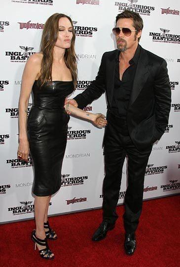 Jolie chce adoptować sierotę z Syrii. Bez Brada!