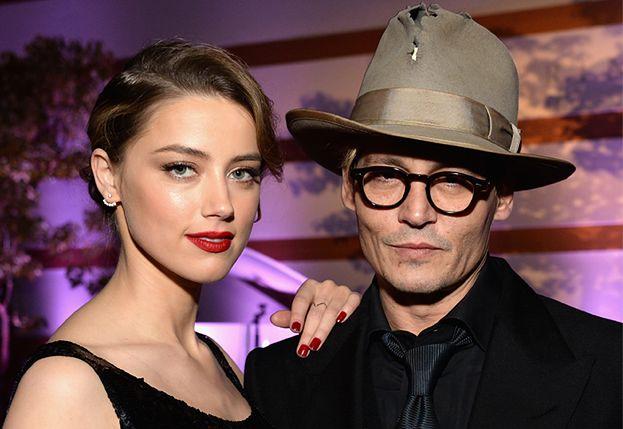 """Zeznania portierki pogrążą Amber Heard? """"Jej siostra udawała, że uderza ją pięścią. Głośno się śmiały"""""""