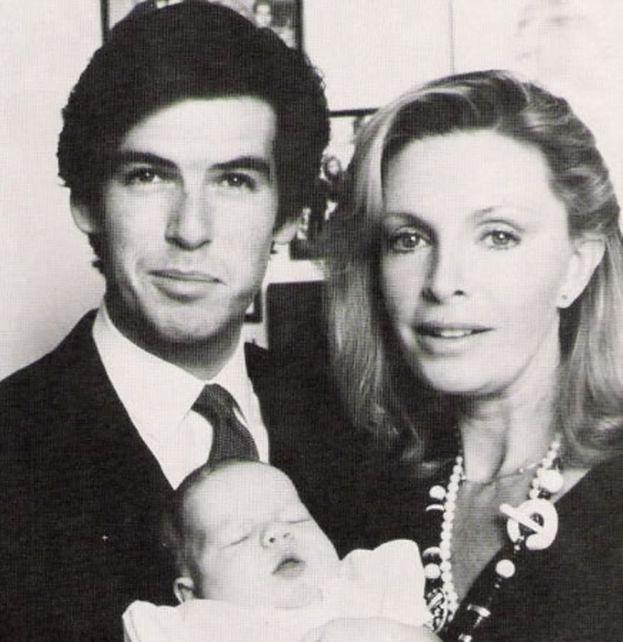 Brosnan: Nadal kocham żonę, 22 lata po jej śmierci - Pudelek