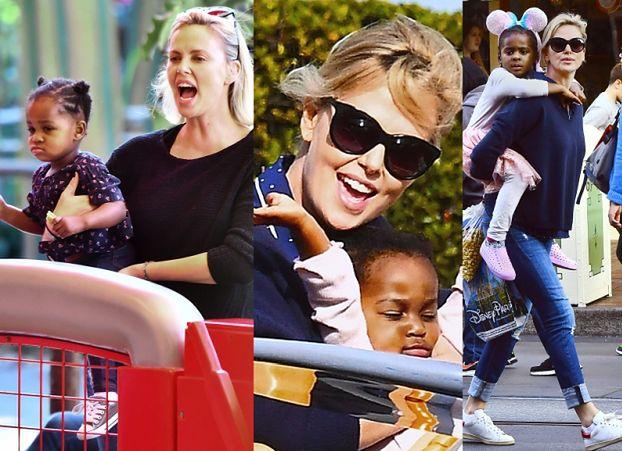 Charlize Theron z dziećmi w Disneylandzie (ZDJĘCIA)