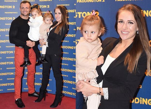 Szczęśliwi Trybsonowie zabrali córki na ściankę (ZDJĘCIA)