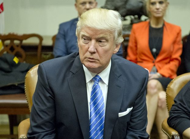 """Donald Trump chce przywrócić tortury! """"To absolutnie działa"""""""