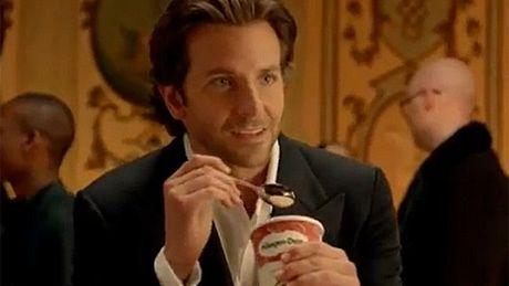 Bradley Cooper reklamuje lody!
