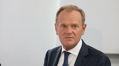 "Spotkanie Tuska z radą ds. COVID-19. ""Zręczny krok"""