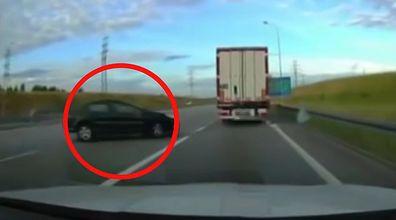 Śmiertelny wypadek na A1. Dramatyczne nagranie świadka z momentu zdarzenia