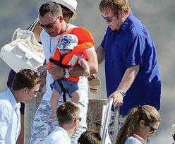 """Elton i Furnish """"zrobią sobie"""" drugie dziecko!"""