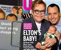 Okładka z synkiem Eltona Johna ZAKAZANA!