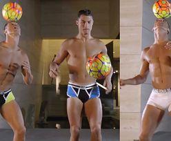 Ronaldo żongluje piłką w samych majtkach!