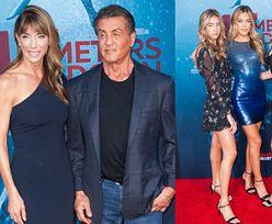 Dumny Sylvester Stallone promuje swoje córki na premierze filmu (FOTO)