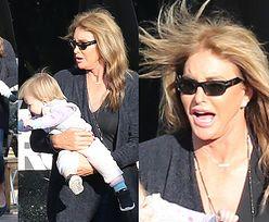 67-letnia Caitlyn Jenner bawi się z wnuczką (FOTO)