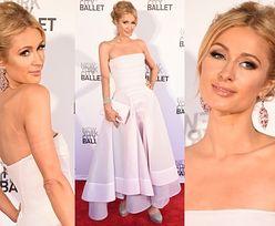 Paris Hilton w różowej sukni na balu w Nowym Jorku! (ZDJĘCIA)