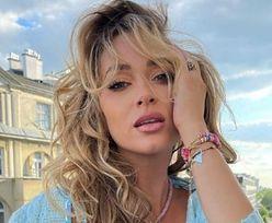 Marcelina Zawadzka EKSPONUJE BIUST, wyginając się na balkonie (ZDJĘCIA)