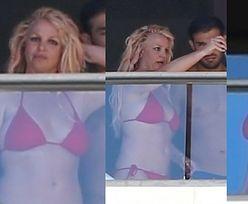 Britney Spears w bikini urządza sobie sesję zdjęciową z chłopakiem na Hawajach (ZDJĘCIA)