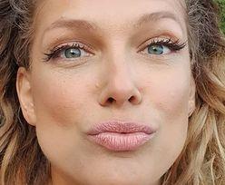 """Joanna Liszowska pręży się przy balustradzie i """"WYGLĄDA JAK JENNIFER LOPEZ"""" w nowej fryzurze (FOTO)"""