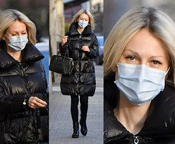Magdalena Ogórek w czerni i jej torebka za 8 TYSIĘCY maszerują na parking (ZDJĘCIA)