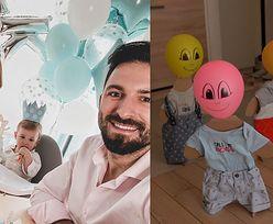 Rafał Maślak chwali się przyjęciem urodzinowym syna. Na imprezie bawiły się tekturowe figurki z balonami zamiast głów... (WIDEO)