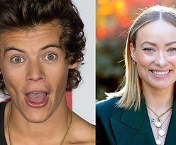 """Harry Styles NIE WIEDZIAŁ o związku Olivii Wilde, gdy zaczął z nią romansować: """"To jeden wielki BAŁAGAN"""""""