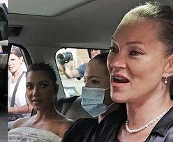 Kim Kardashian w koronkach zwiedza Watykan z Kate Moss i jej córką (ZDJĘCIA)