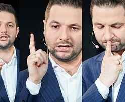 Patryk Jaki i jego palec. NA CO WSKAZUJE? (ZDJĘCIA)