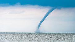 Trąba wodna na Bałtyku. W takich warunkach powstaje najlepiej