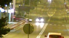 Groźny wypadek w Tomaszowie Lubelskim. Monitoring nagrał akcję na skrzyżowaniu
