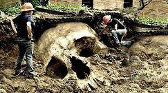 Szkielet człowieka giganta. Powracający mit