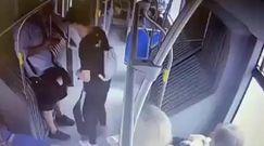 Atak na kontrolera w autobusie. MPK Wrocław publikuje nagranie z pasażerem