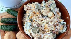 Sprawdzony sposób na młode ziemniaki i ogórki małosolne. Idealnie sprawdzą się na grillu