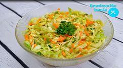 Błyskawiczna surówka z młodej kapusty i marchewki. Idealny dodatek obiadowy na letni dzień