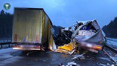 Groźny wypadek na A1. Tak badają przyczyny zmiażdżenia ciężarówki
