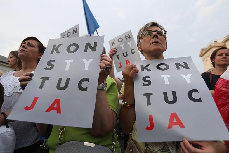 """Protest """"3 razy weto"""" w Warszawie"""