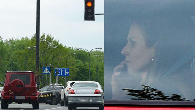 Anna Lewandowska w mercedesie za MILION złotych przejeżdża na czerwonym świetle (ZDJĘCIA)