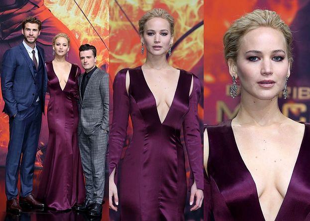 """Dekolt Jennifer Lawrence na premierze """"Igrzysk Śmierci"""" (ZDJĘCIA)"""